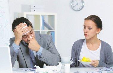Опасные симптомы простуды у взрослых: когда «пустячная» болезнь грозит серьезными осложнениями? | Деринат
