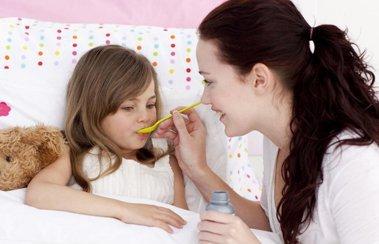 Подходим к выбору средства для лечения простуды у детей грамотно | Деринат