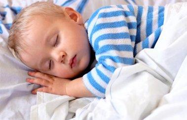 Что делать, если ребенок в 2 года кашляет месяц после ОРВИ? | Деринат