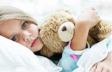 Ребенок заболел в выходные: что делать? | Деринат