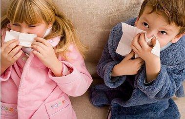Насморк у детей при перелете: чем опасен и как бороться? | Деринат