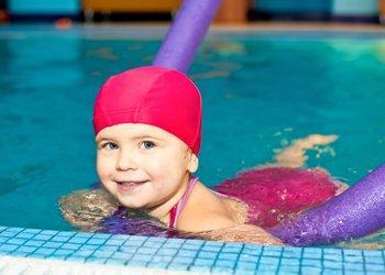 Что делать, если после бассейна ребенок заболевает? | Деринат