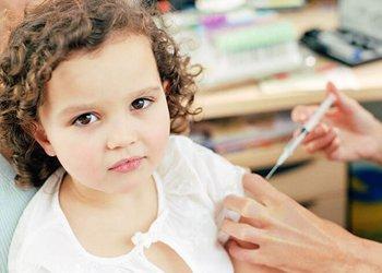 Что делать родителям, если после прививки ребенок заболел ОРВИ? | Деринат