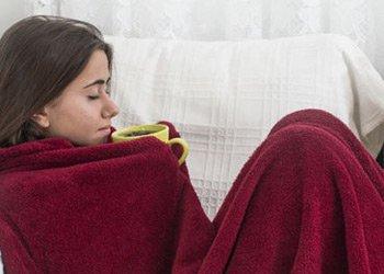 Как эффективно и безопасно снять симптомы простуды и гриппа в домашних условиях?   Деринат