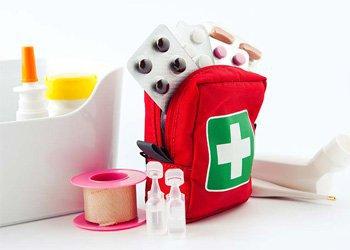 Деринат Детская аптечка в дорогу: список лекарств, которые нужно взять с собой