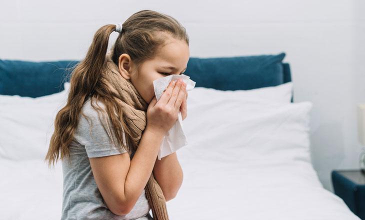 Как отличить аллергический ринит от простудного?
