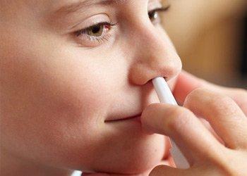 Назальные капли от простуды для детей: виды и особенности применения | Деринат