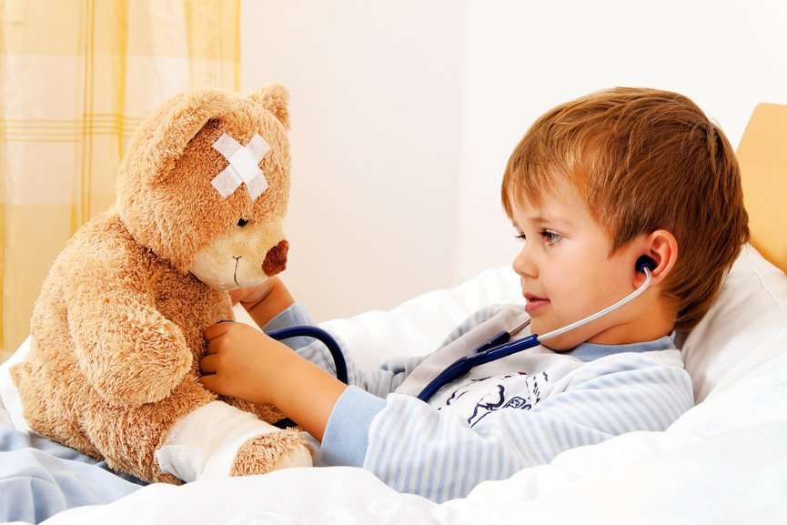 Играем дома: чем занять ребенка во время болезни | Деринат