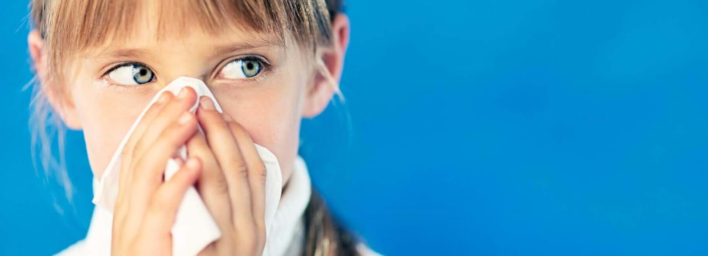 Признаки простуды у ребенка