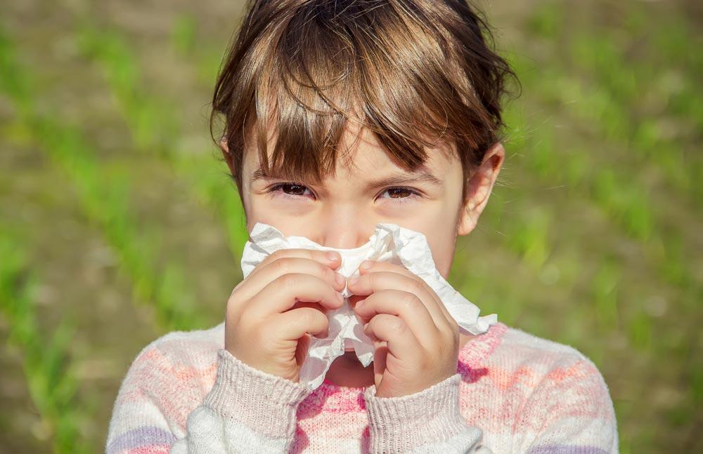 Чем увлажнить слизистую носа ребенку?