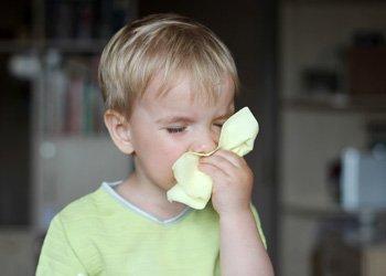 Деринат Почему у ребенка две недели не проходит насморк?
