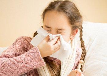У ребенка утром насморк и кашель: чем помочь сыну или дочке? | Деринат