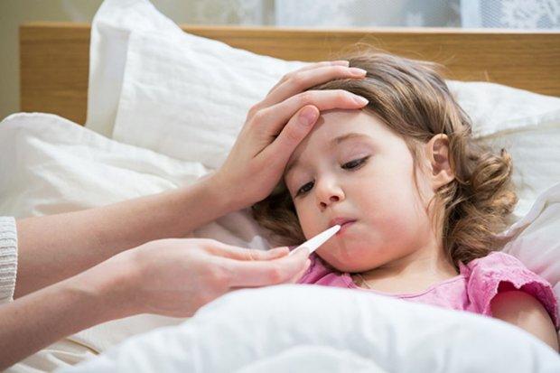 Какую температуру нужно сбивать у ребенка