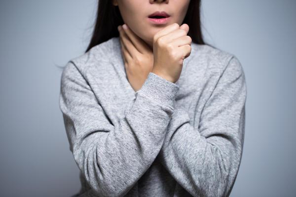 Причины появления сухого кашля у ребенка