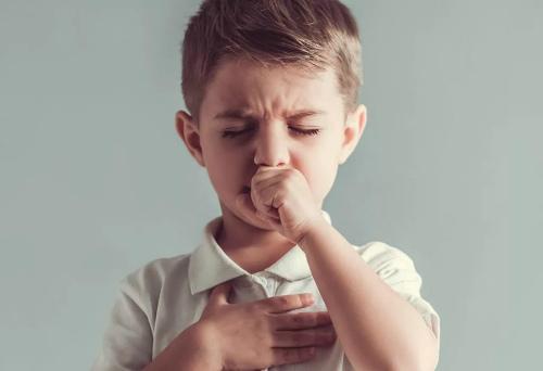 Сколько может не проходить влажный кашель у ребенка