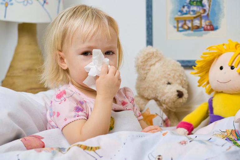 Лечение насморка у детей от года
