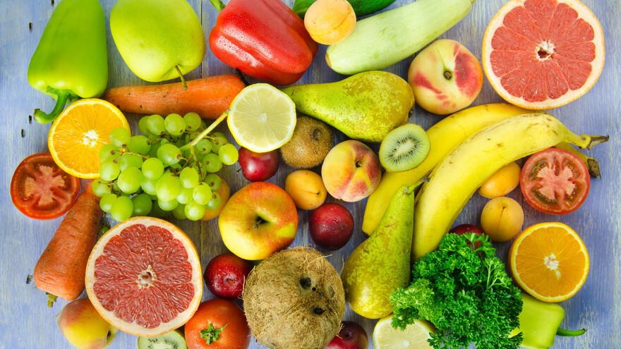 Естественное поступление витаминов с пищей